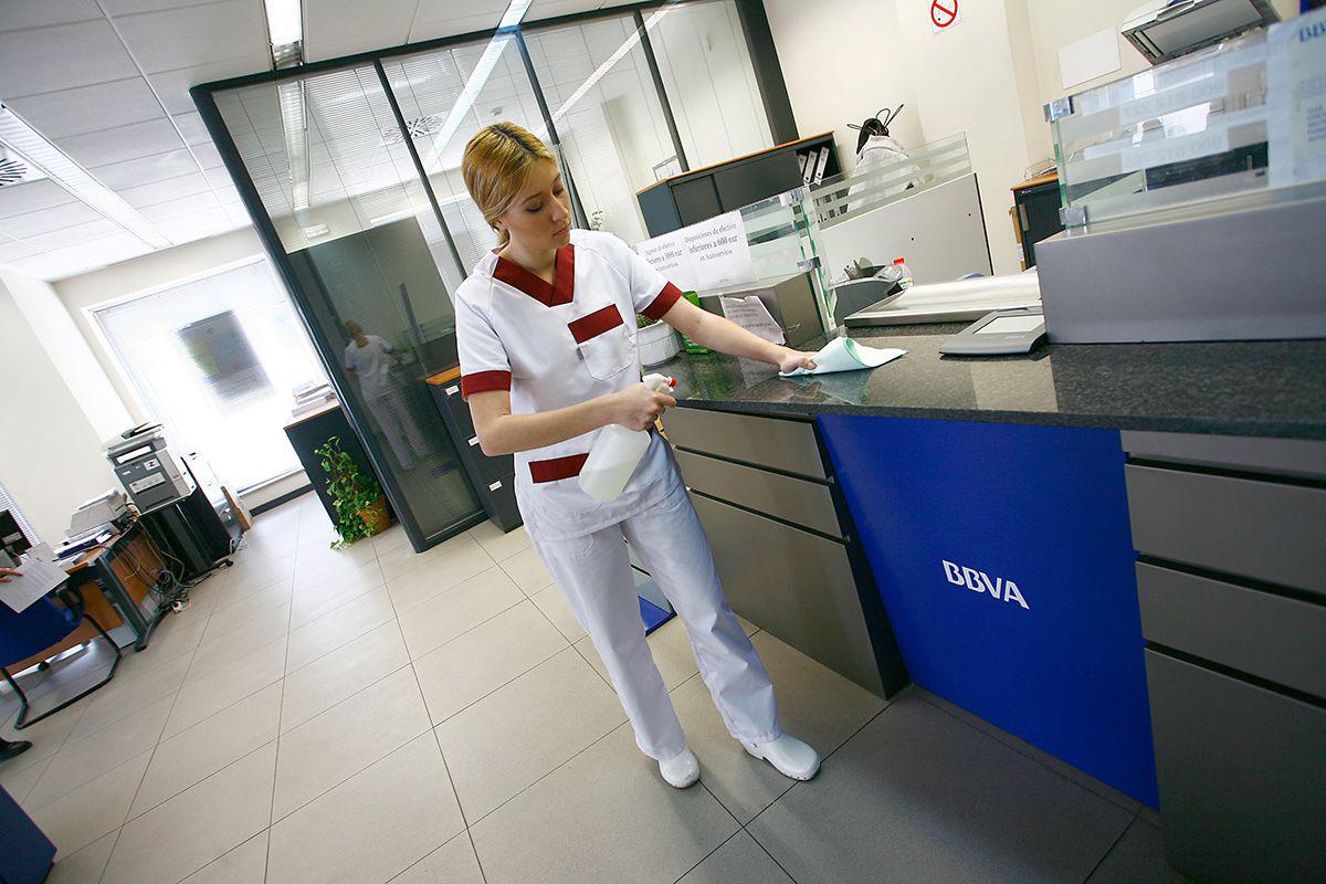 Limpieza de oficinas conslymp servicios de limpieza en for Limpieza oficinas